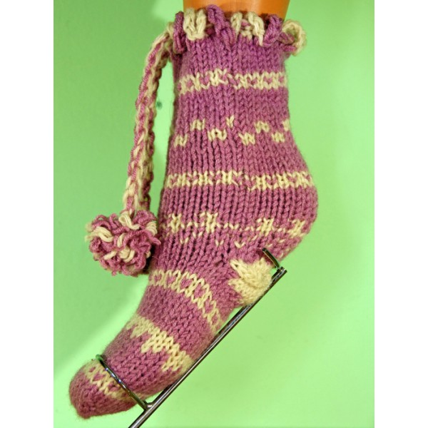 Плетени чорапи  в Бял и  лилав цвят