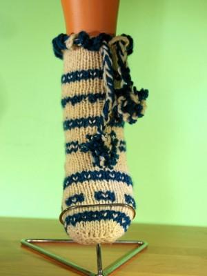 Плетени чорапи в Бежов и Зелен цвят